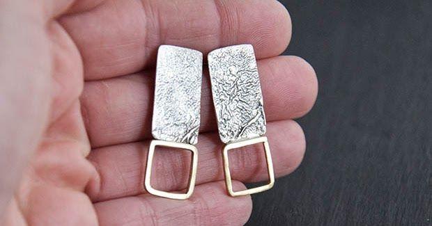 Orecchini in argento di recupero reticolato e filo di ottone squadrato