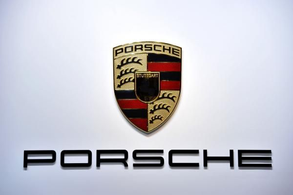 Porsche ex-CEO Wendelin Wiedeking and ex-finance chief Holger Haerter have gone on trial in Germany accused of market manipulation over a failed