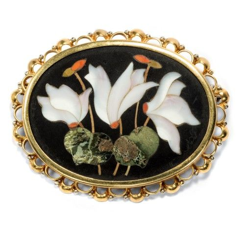 Pietra Dura brooch with cyclamen, in gold frame, Florence ca. 1880