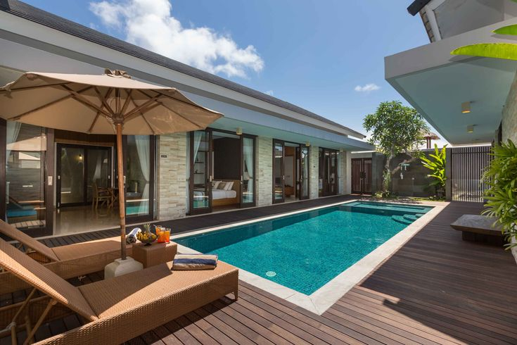 Villa Amelia Gold is a modern and unique 5 bedroom villa located in the beautiful Bukit peninsula, close to the resort enclave of Nusa Dua. The property is part of the Nagisa Bali Villas complex and is the ideal accommodation for those travellers who are looking to visit the most beautiful beaches of the island, → Read more