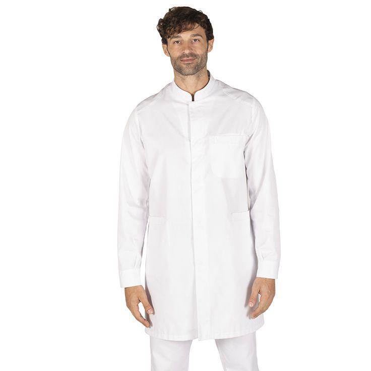 6103 - bata de sanidad para hombre Omar, en manga larga, con botones a presión ocultos y en color blanco. #medico #enfermera #doctor #hospital #batasanidad #batalaboratorio #batafarmacia