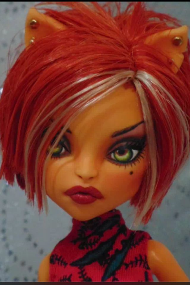 By Bordello dolls