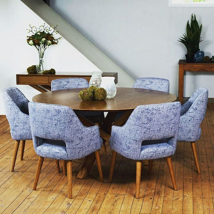 #NZmade Omaha dining table matched with Zeta dining chairs.