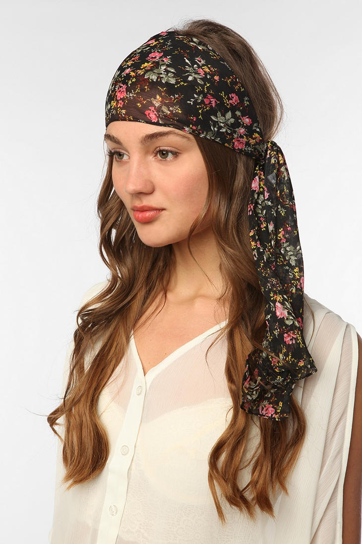 Chiffon Hair Scarf - http://www.scarves.net/how-to-tie-a-scarf/head-scarves