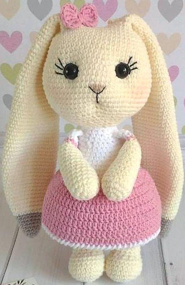 Amigurumi Doll Zühre Free Crochet Pattern in 2020 | Crochet baby ... | 908x589
