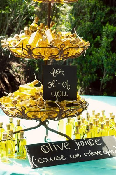 Now Trending: Homemade Wedding Favors | Love Notes from Lover.ly