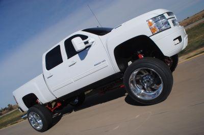 Mighty Mean White Truck: Derek Meinder's 2013 Silverado 2500HD