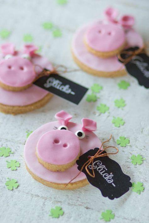 Für alle, die von Plätzchen nicht genug bekommen können: Schwein-haben-Kekse für die Sylvester-Party! Das MAD OWL-Team findet: Lecker! www.madowl.de