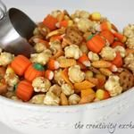 """Sweet & Salty Fall Snack Mix with Printable """"Happy Fall"""" Gift Tag.."""