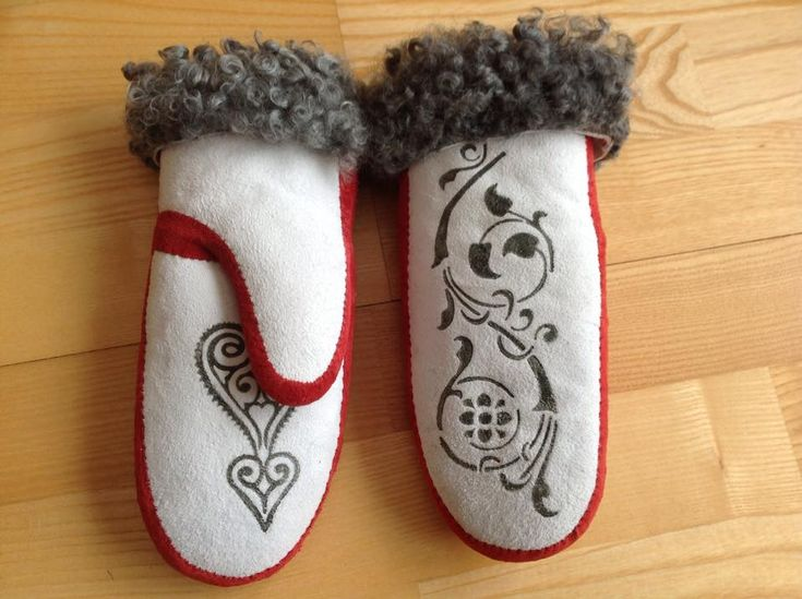 Very nice mittens made by Anne Marie Plassen