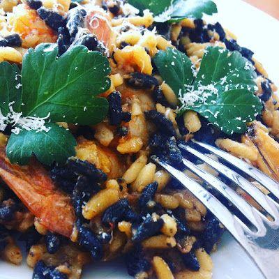 Οι καλύτερες συνταγές μου... με μπαχαρικά και μυρωδικά: Κριθαρώτο θαλασσινών με σπέσιαλ υλικά