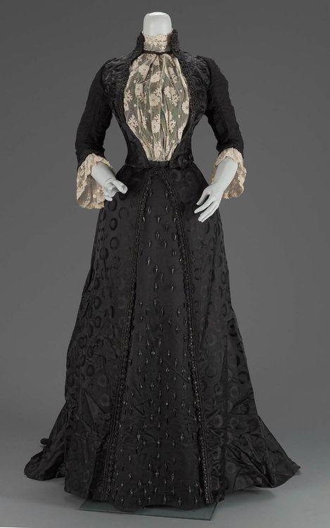 Amo muito vestidos desse modelo!