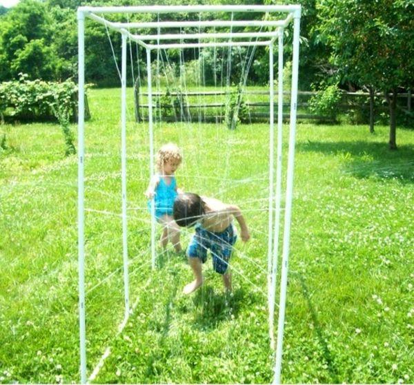 Garten Dusche selber machen PVC Rohr Kinder Spaß