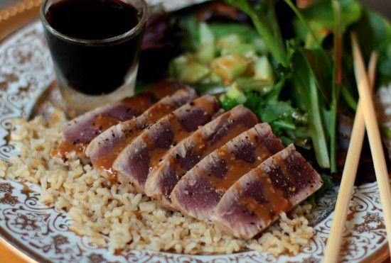 Recipe repost: Seared Ahi Tuna: Clean Eating Ahi Tuna Recipes, Food Recipes, Sesame Gingers, Gingers Sauces, Brown Rice, Seared Tuna, First Dates, High Heels, Hot Wheels