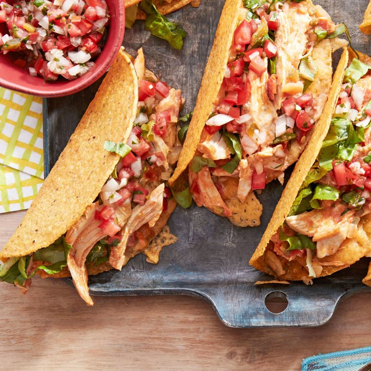 Shredded Chicken Tacos with Pico de Gallo
