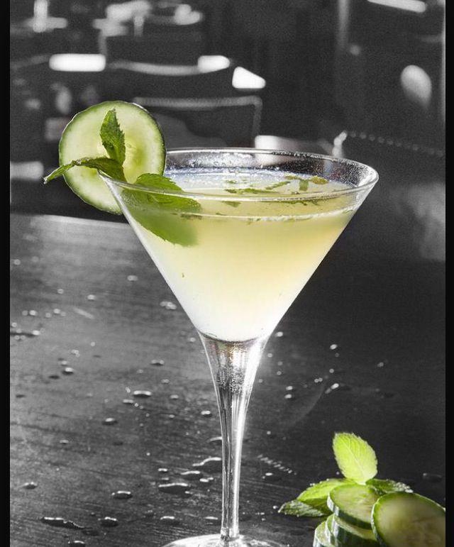Effen Good Martini-  2 oz Effen Cucumber vodka, 1 oz lime juice, 0.75 oz agave nectar, 5 mint leaves and cucumber slices.