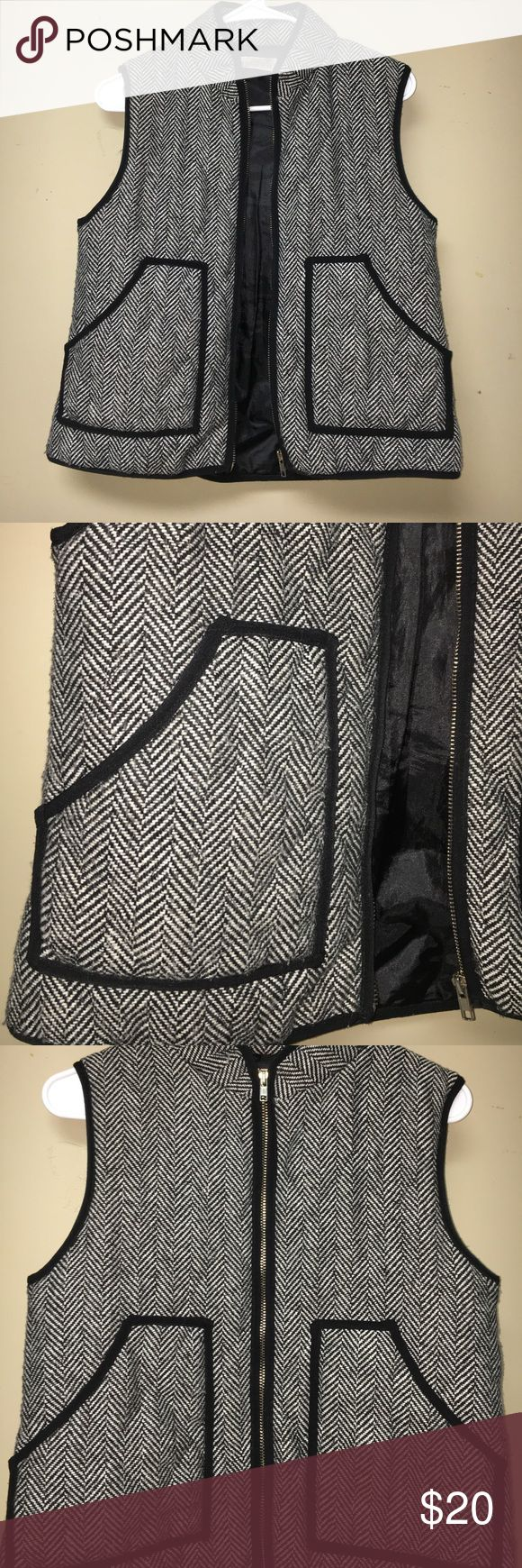 Black and White zip up vest Black and white patterned vest.  Zips up with ease and is in perfect condition. Jackets & Coats Vests