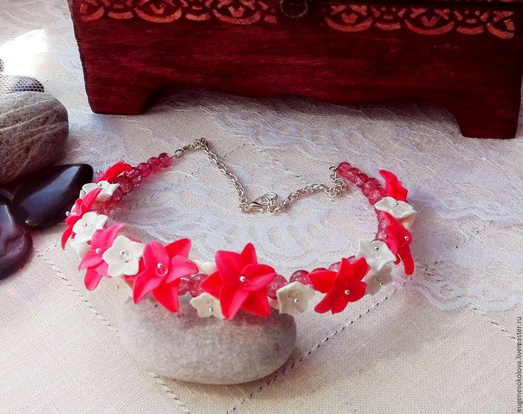 Купить Колье с розовыми лилиями из полимерной глины со стеклянными бусинами - розовый, лилия, лилии