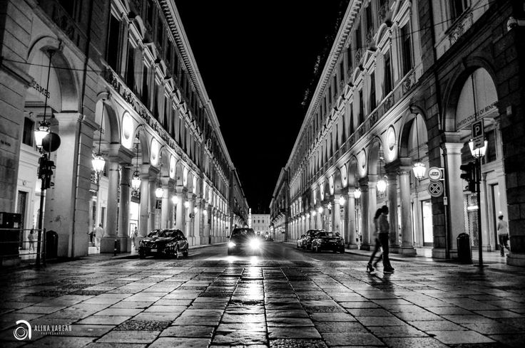Torino in Black and White #torino #black #white #photography #italy #architecture #street   Photographer: Alina Vadean AR Design Studio http://www.theardesignstudio.com