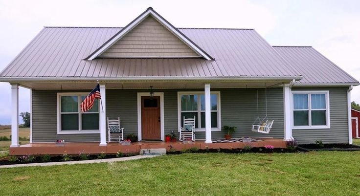 Metal a building home love needs a pantry and tweak the for Simple farmhouse designs