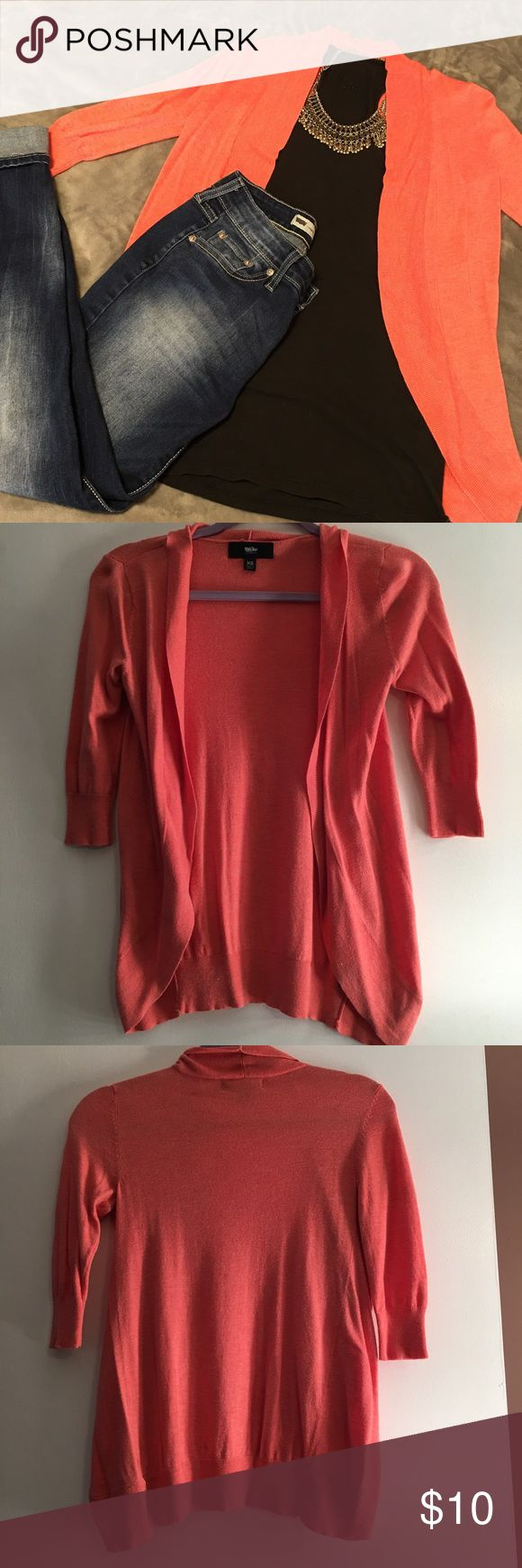 Coral 3/4 sleeve cardigan In great condition! Lightweight! Come from smoke free, pet free home. Shipping dates are Tuesday through Friday. Mossimo Supply Co Sweaters Cardigans