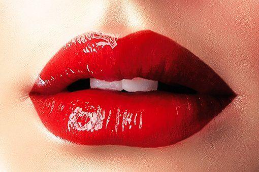 Applicare il rossetto, trucchi e segreti per renderlo impeccabile e a lunga durata #applicare #rossetto #trucchi #segreti #labbra #perfette #rossetto #lunga #durata