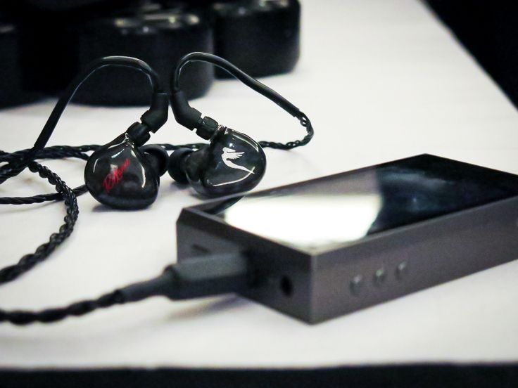 JH Audio Sirens Series RoXanne and the Astell&Kern AK240