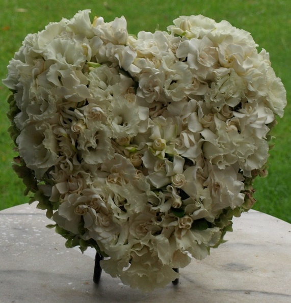 Fresh Gardenia Heart