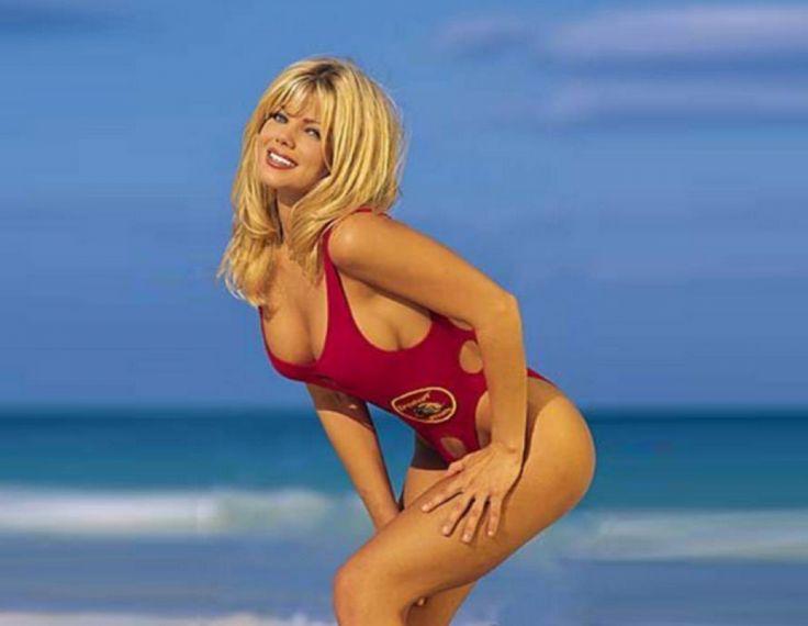 Photos seolhyun is a sexy lifeguard