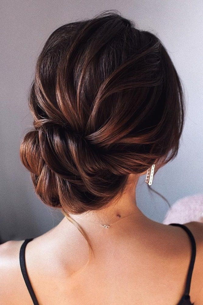 Essential Guide To Wedding Hairstyles For Long Hair Wedding Forward Hair Styles Up Dos For Medium Hair Thick Hair Styles