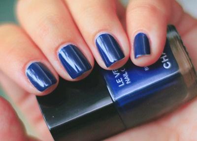 Dark Blue Nails.: Blue Chanel, Nails Art, Blue Boys, True Blue, Photos Instagram, Nails Polish, Dark Blue Nails, Fabulous Fingernail, Midnight Blue