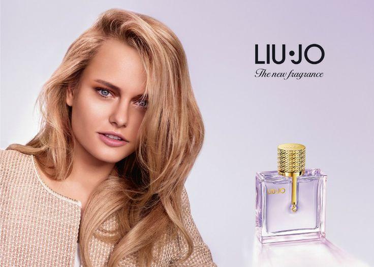 Liu Jo presenta il suo primo ed esclusivo profumo, un fruttato luminoso, che racchiude tutto lo charme della donna moderna, elegante, solare e sensuale.