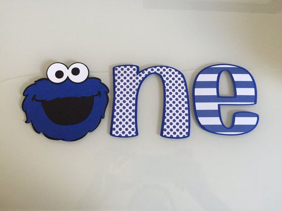 This listing is for an adorable Cookie Monster first birthday cake smash! Perfect for high chair decor during your littles cake smash. Comes ready to hang! Ships in 1-3 business days. Elmo version here: https://www.etsy.com/listing/384542972/elmo-first-birthday-cake-smash See my shop for matching decor! Please include event date at checkout. If you not include the event date, I cannot make sure it gets delivered in time. Shipping: I typically ship items within 1-3 b...