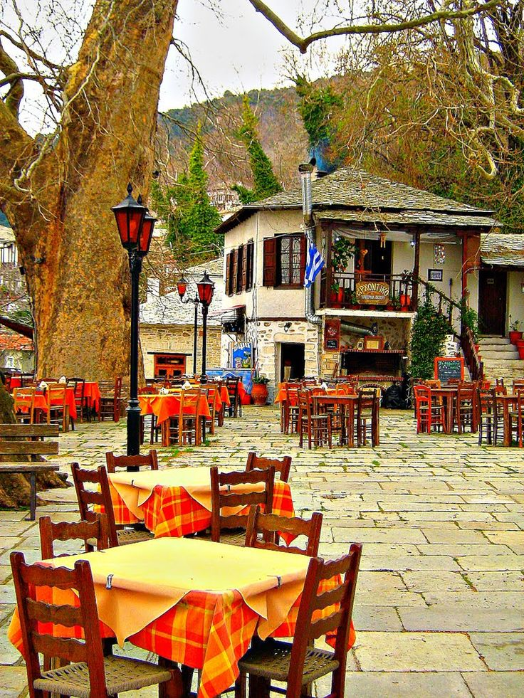 .~The square of Vizitsa (Pilio Magnesia), Thessaly, Greece~.