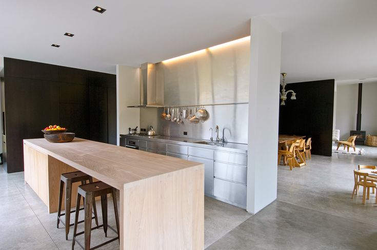 Arrowtown kitchen. Photograph by Paul McCredie.