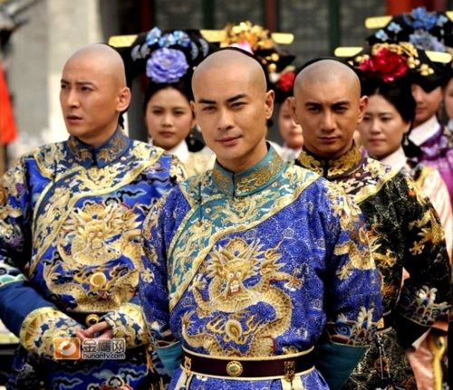 """Qing prince reenactors in the production, """"The Dispute for the Throne"""".  Kevin Cheng, Nicky Wu and others in the shot"""
