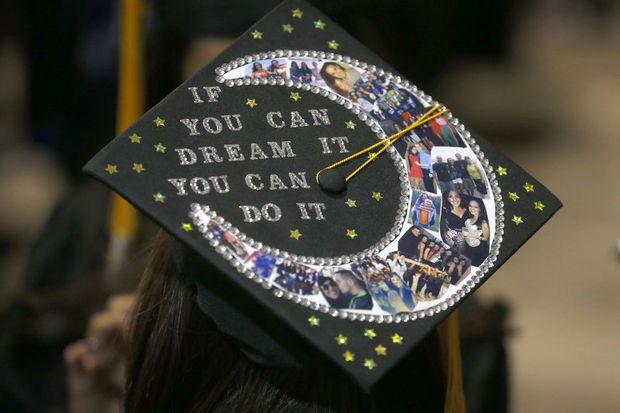 Best graduation cap decorations of 2015 photos grad for 2015 graduation decoration ideas