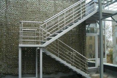 Металлические лестницы, площадки и ограждения