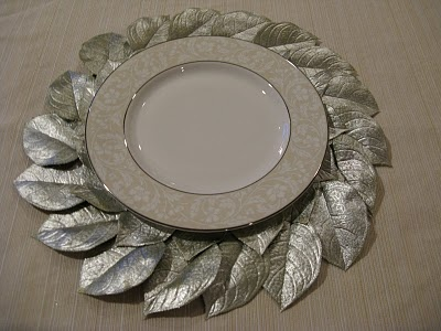 pottery barn plate charger knock-off  home de cor. I am so making these this Christmas dinner party.