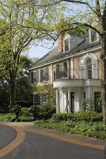 25 best ideas about traditional brick home on pinterest for Traditional brick homes