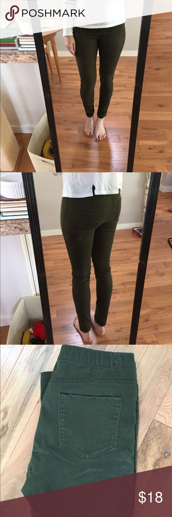 H&M army green pants Beautiful shade of khaki army green. Size 8 from HM (I usually wear a 27 if that helps) these are super cute. Have pockets on the back to look like jeans, but they're a stretchy thick legging material with no zipper in the front and a stretchy waist. The best of both worlds, and perfect for fall and winter. H&M Pants Leggings