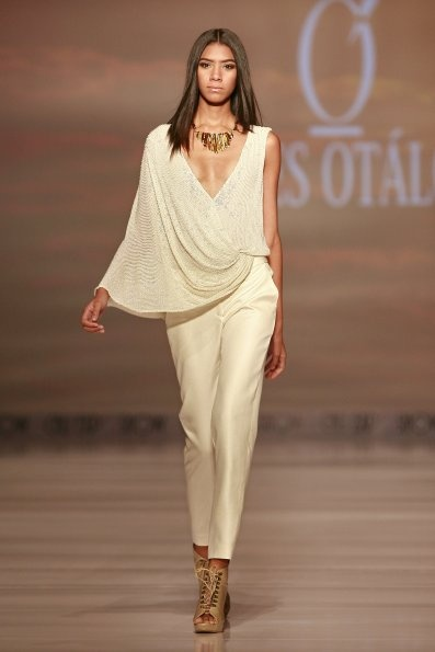 F A S H I O N T A S T E R: ANDRÉS OTÁLORA. Spring - Summer Collection 2013. CALI EXPOSHOW