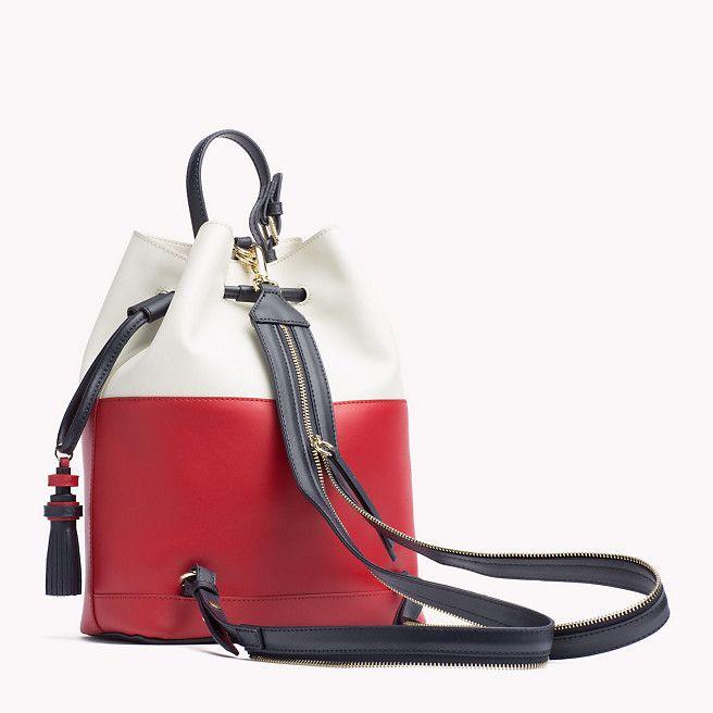 Tommy Hilfiger Leather Bucket Bag - РБГ Colourblock (красный) - Tommy Hilfiger Хобо сумки - вторичное изображение 1