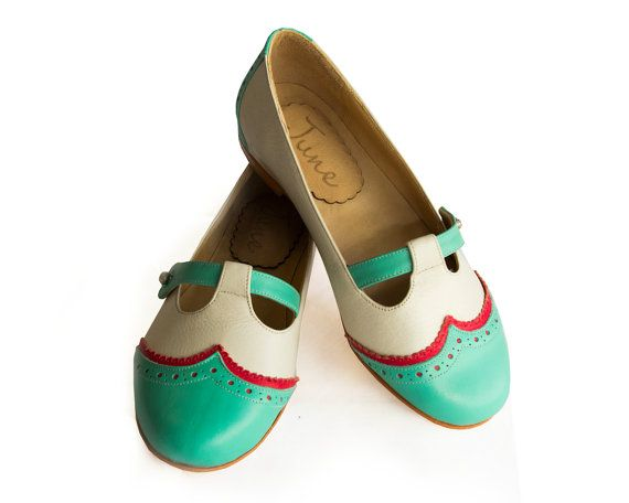 Hey, I found this really awesome Etsy listing at https://www.etsy.com/listing/173961418/green-and-white-flat-leather-shoes