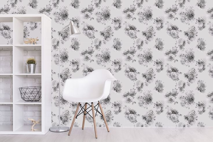Grey Dahlia is Marina Guiu's new mural design, inspired by the ancient Japanese aesthetic illustration. Choose the size and put some dahlias in your home.