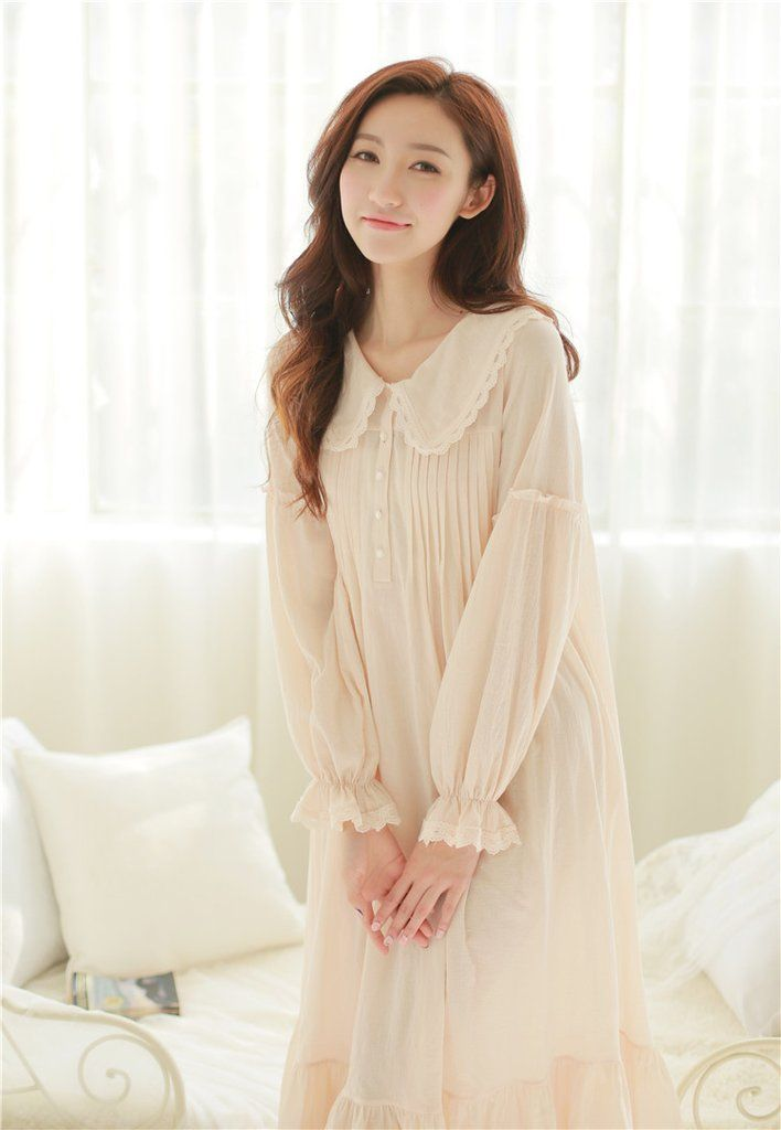 "Style P15018 Fabric 100% Cotton Size Length Bust Shoulders Sleeves S 48"" = 122 cm 39.4"" = 100 cm 13.8"" = 35 cm 22.8"" = 58 cm M 49.2"" = 125 cm 41"" = 104 cm 14.6"" = 37 cm 23.6"" = 60 cm L 50.4"" = 128 cm"