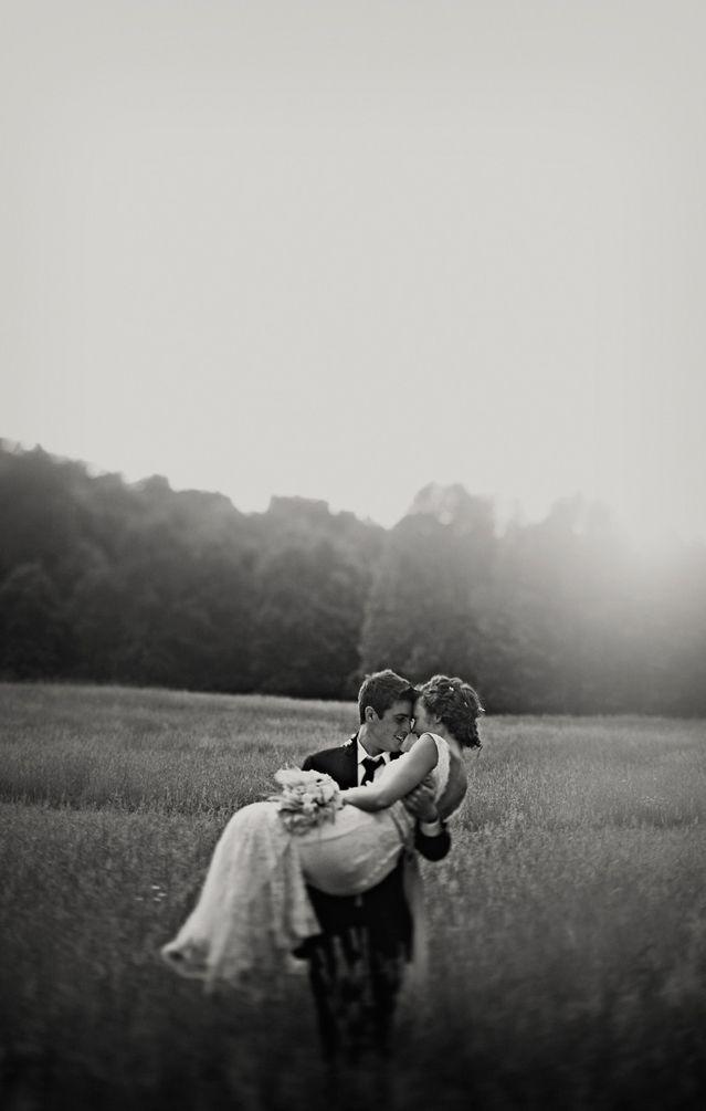 BW: Romantic Pics, White Wedding, Photos Ideas, Wedding Photography, Romantic Wedding, Black And White, Wedding Day, Wedding Photos, Wedding Pictures