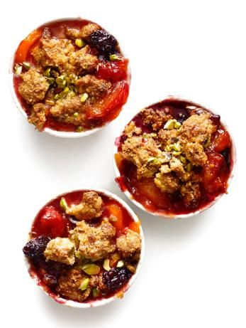 Food Network Magazine's #seasonal Plum-Nectarine-Blackberry Crumble With Cornmeal-Pistachio Topping #FruitCrumble #Pistachio
