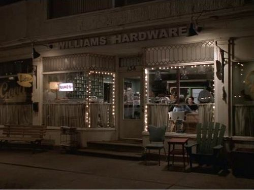It's the original set for Luke's Diner. When the show moved to LA, they changed the look slightly, but kept some of these shots in the opening credits.