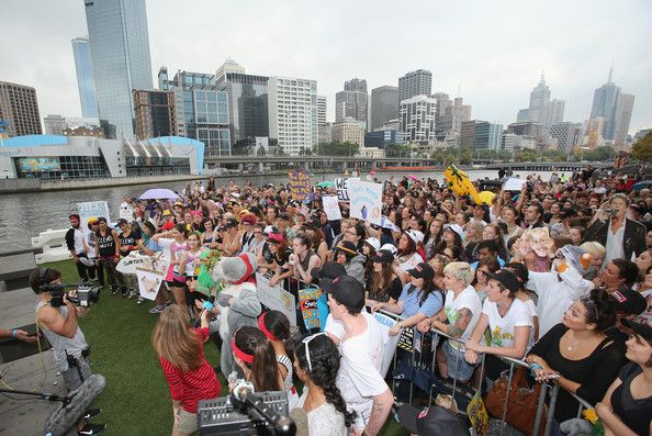 A general view as a live cross is filmed as part of the Ellen television show on February 27, 2013 in Melbourne, Australia. Ellen Degeneres ...